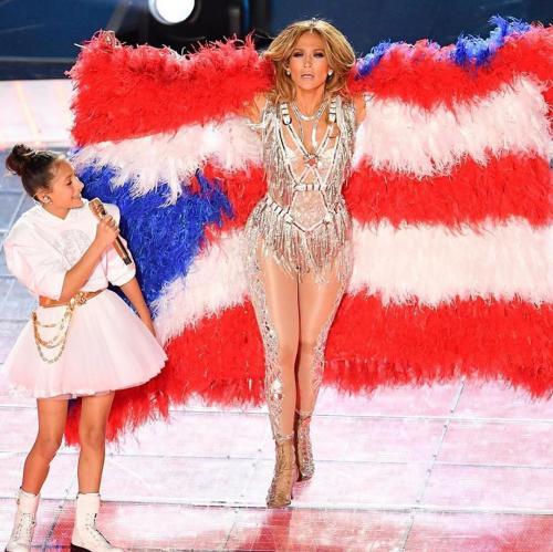 Jennifer Lopez dan Anak