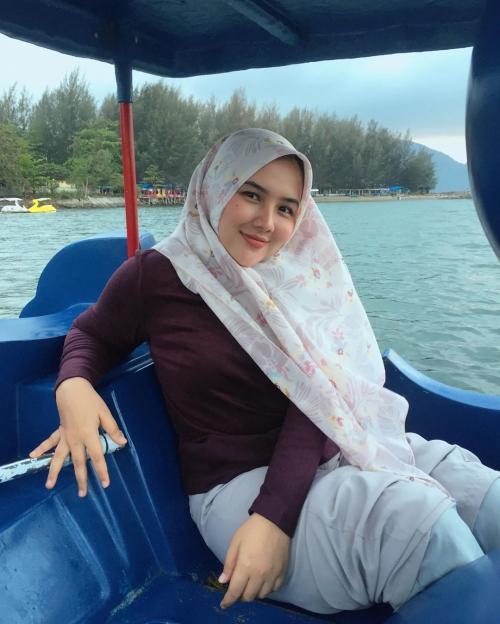 calon istri Sahrul Gunawan