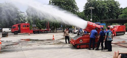 Robot pemadam kebakaran