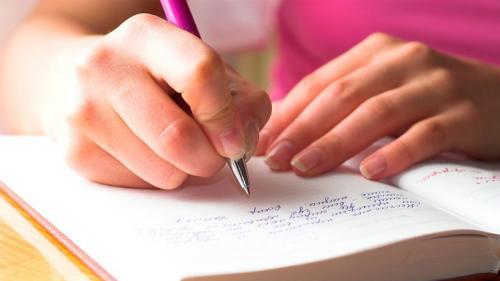 Menulis Buku