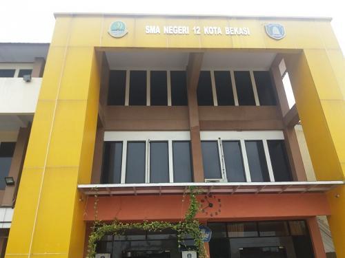 SMA 12 Bekasi (foto: Okezone/Wisnu Y)