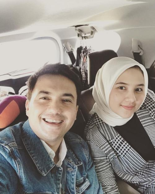 Sahrul Gunawan dan calon istri. (Foto: Instagram/@sahrulgunawanofficial)