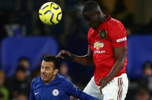 Eric Bailly vs Chelsea (Foto: Premier League)