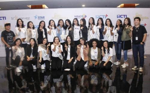 Setiap tahunnya, Miss World selalu datang untuk memberikan dukungan kepada Miss Indonesia.