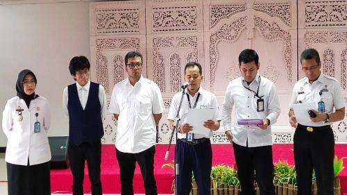 Tim gabungan independen pemeriksa kesimpangsiuran data perlintasan kedatangan buron Harun Masiku rilis hasil investigasinya di Kemenkumham, Kuningan, Jakarta Selatan, Rabu (19/2/2020). (Foto : Okezone.com/Arie Dwi Satrio)