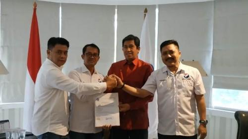 Partai Perindo resmi memberi dukungan kepada Herwin Yatim-Mustar Labolo di Pilkada Banggai 2020. (Foto: Fakhrizal Fakhri/Okezone)