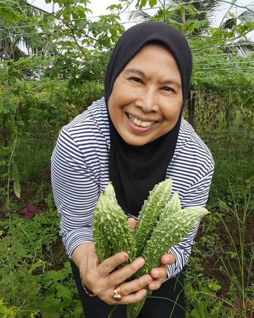 Khadijah, Ibu Ashraf
