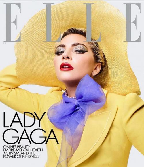 Gaya Busana Lady Gaga