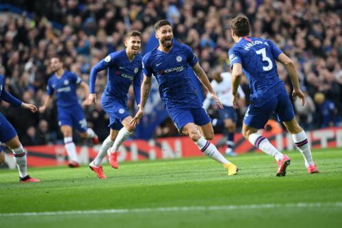 selebrasi Olivier Giroud usai cetak gol untuk Chelsea