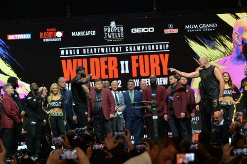 Deontay Wilder vs Tyson Fury (Foto: Twitter/@WBCBoxing)