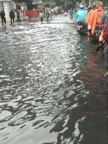 banjir tendean