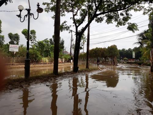 Banjir Bekasi. (Foto : Okezone.com/Wisnu Yusep)