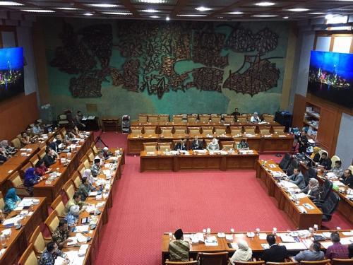 Komisi X DPR Rapat dengan Gubernur DKI Jakarta Anies Baswedan, Bahas Revitalisasi TIM (foto: Okezone/Harits TA)