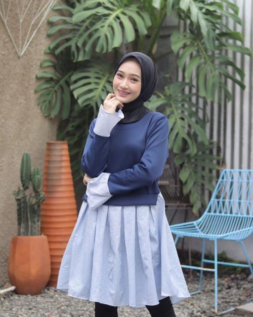 3 Gaya Hijab Bernuansa Biru Bikin Kamu Tampil Pede Okezone Muslim
