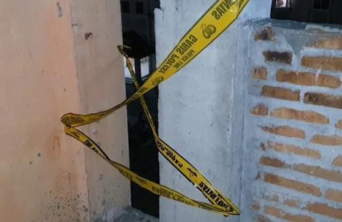Lokasi tembok di tangga yang tidak tertutup (foto: iNews/Yudha Bahar)
