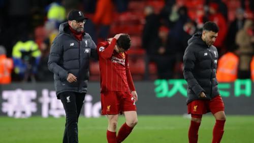 Liverpool tinggal selangkah lagi memegang gelar juara