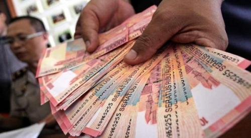 Hindari pakai uang cash