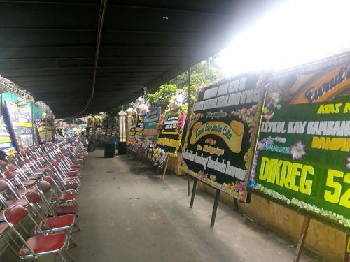 Suasana duka menyelimuti kediaman Dandim 1011 Kuala Kapuas, Letkol Bambang Kristianto Bawono, di Klaten, Jawa Tengah (foto: Okezone/Bramantyo)