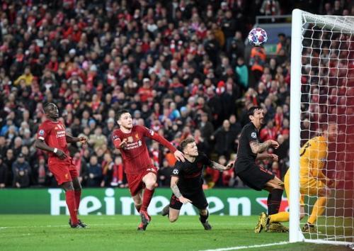 Suasana laga Liverpool vs Atletico