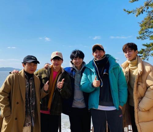 Lee Sang Yoon ucap perpisahan untuk All the Butlers. (Foto: Instagram/@lsy_810815)