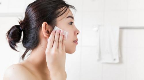Bersihkan Makeup