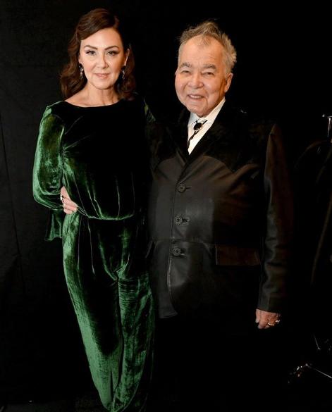 John Prine dan istri