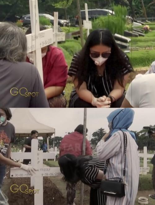 Mutia Ayu berziarah ke makam Glenn Fredly di Hari Paskah. (Foto: Go Spot/Starpro Indonesia)