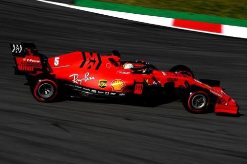 Sebastian Vettel melaju di Sirkuit Catalunya (Foto: Scuderia Ferrari)
