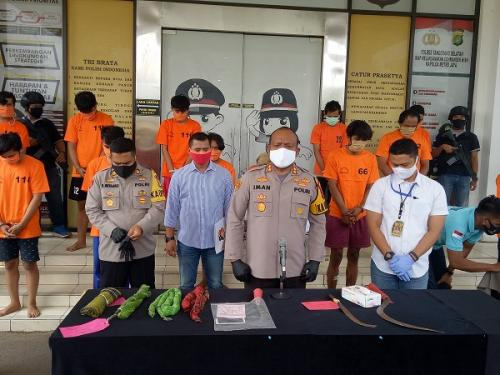 Polres Tangsel rilis pengungkapan kasus tawuran maut di tengah pandemi corona. (Ist)
