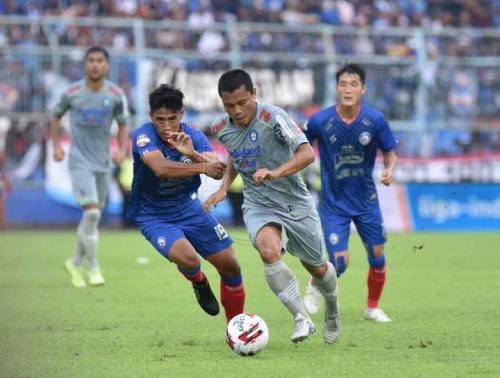 Persib Bandung kontra Arema