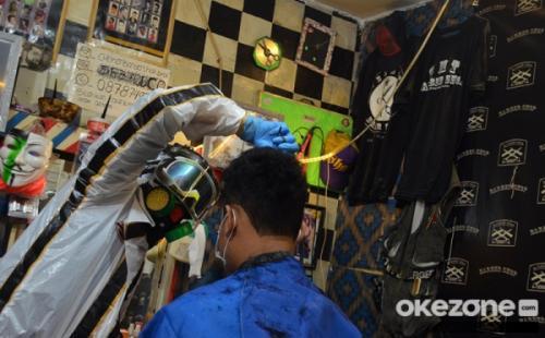 Cukur corona di Bogor
