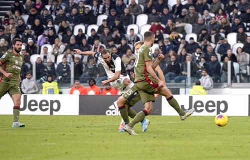 Gonzalo Higuain cukup tajam di Juventus (Foto: Twitter/@JuventusFC)