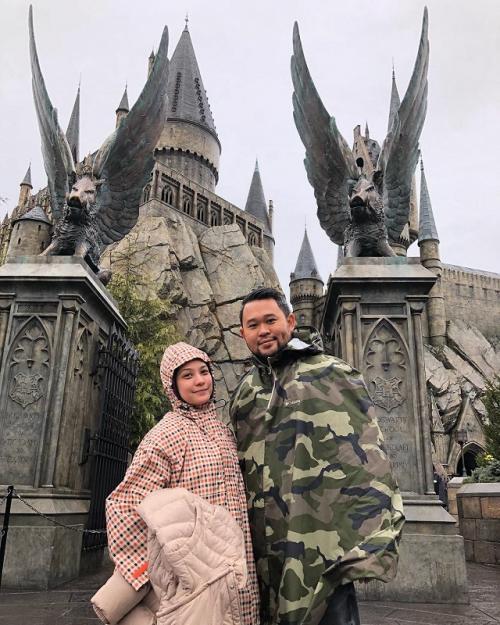 Rachel Maryam dan suami. (Foto: Instagram)