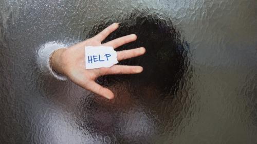 Ilustrasi korban penusukan. (Foto: Shutterstock)