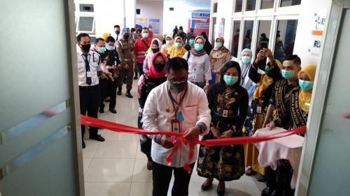 Wali Kota Balikpapan Rizal Effendi di RSUD Beriman (Foto : Okezone.com/Amir Syarifudin)