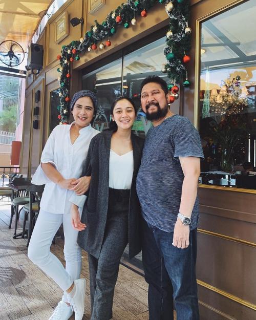Naysila bersama Lidya Kandau dan Jamal Mirdad