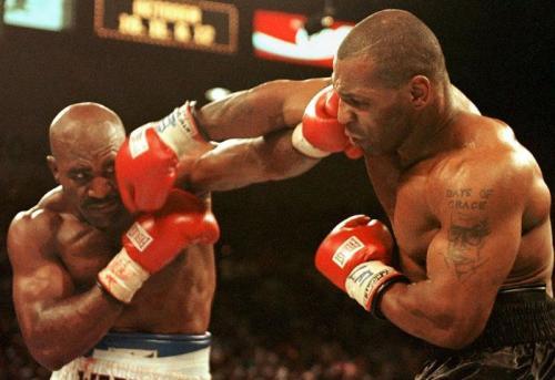 Evander Holyfield vs Mike Tyson