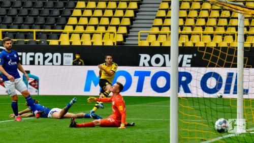Laga Borussia Dortmund vs Schalke 04