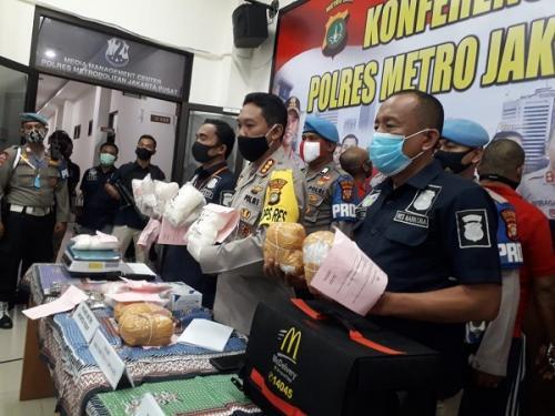 Polres Metro Jakarta Pusat ungkap kasus narkoba jaringan internasional. (Ist)