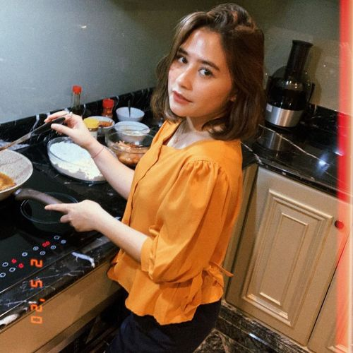 Prilly.