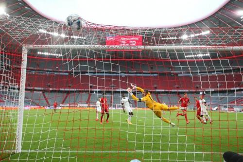 Bayern Munich vs Eintracht Frankfurt (Foto: Twitter/@FCBayern_EN)