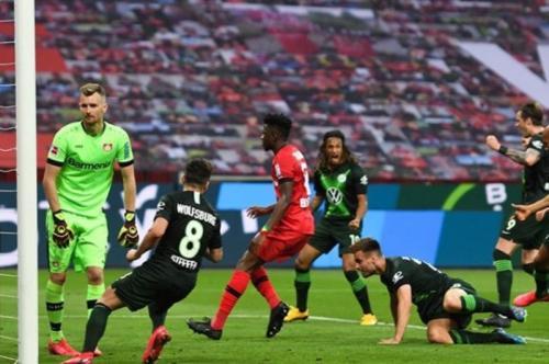 Bayer Leverkusen tumbang saat menjadi tuan rumah (Foto: Instagram/@bundesliga_en)
