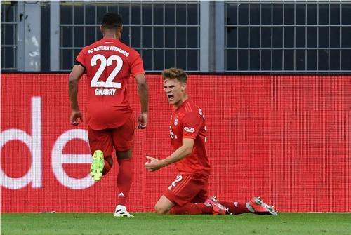 Suasana laga Bayern vs Dortmund