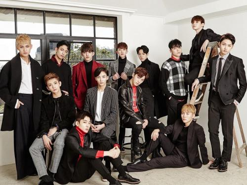 SEVENTEEN (Foto: Pledis Entertainment)