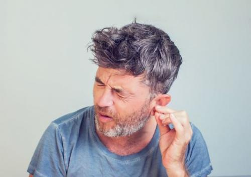 Tim peneliti telah mengembangkan perangkat baru untuk mengambil sampel kotoran telinga.