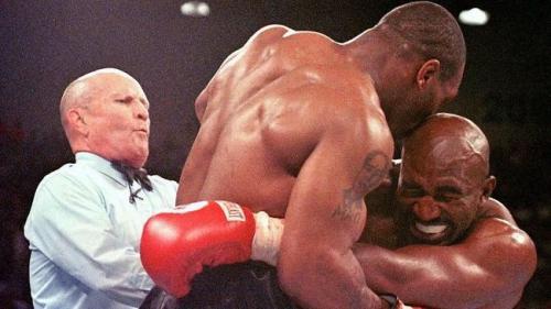 Mike Tyson dan Evander Holyfield