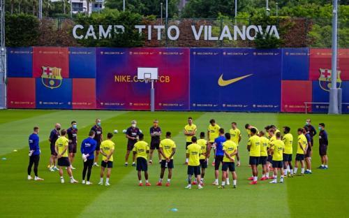 Suasana latihan Barcelona (Foto: Barcelona)