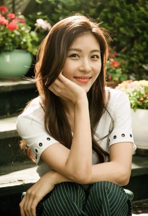 Ha Ji Won
