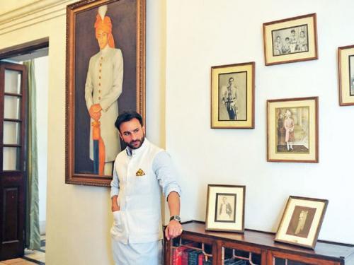Saif Ali Khan di Pataudi Palace. (Foto: Instagram/@homecanvas)