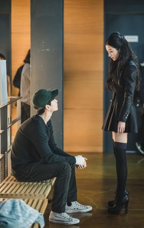 Kim Soo Hyun dan Seo Ye Ji. (Foto: tvN)